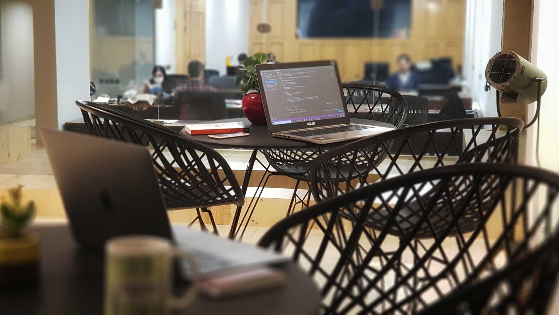 تصویر کافه کار فضای کار اشتراکی پویتک
